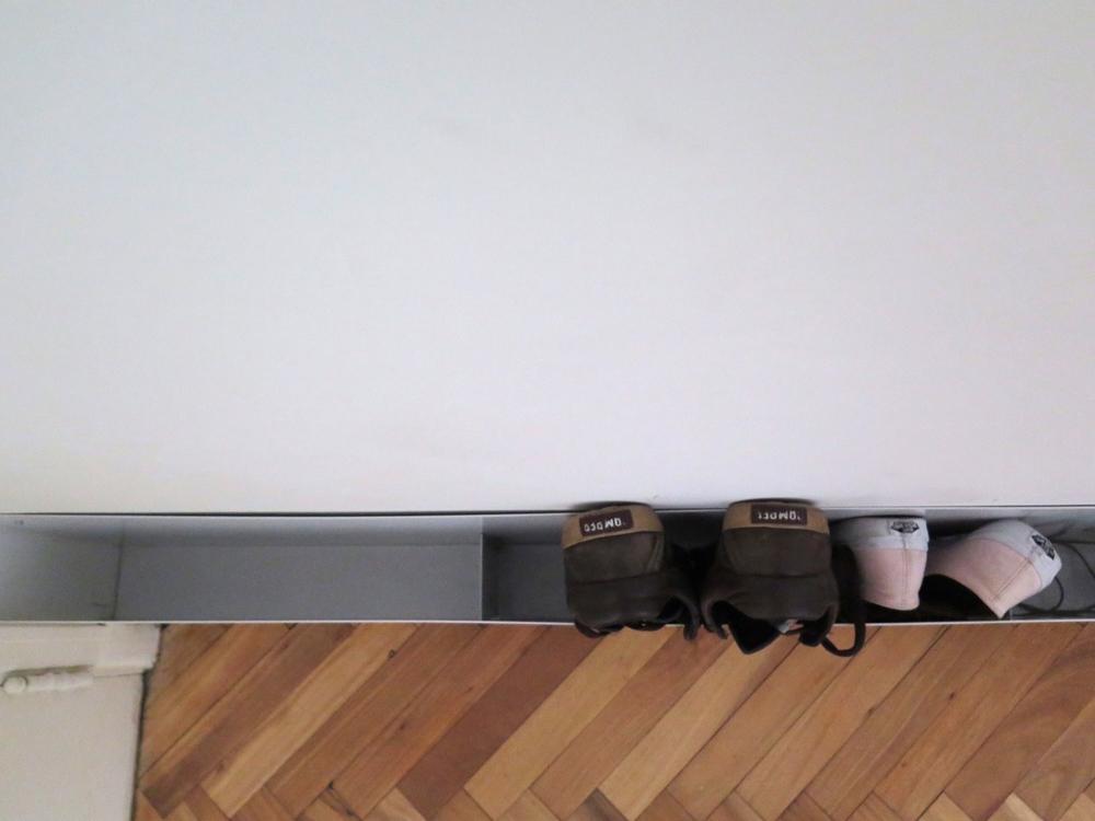 Rangement à chaussures vue de haut - Mini-appartement Buenos Aires