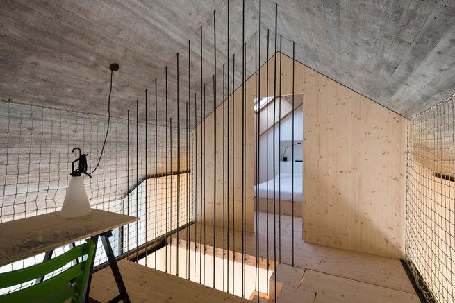 compact-karset-house-wood-alcove.jpg