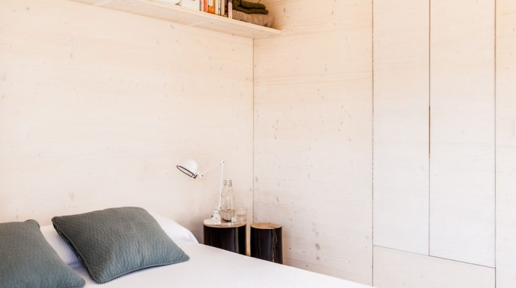 portable-prefab-tiny-house-abaton-madrid