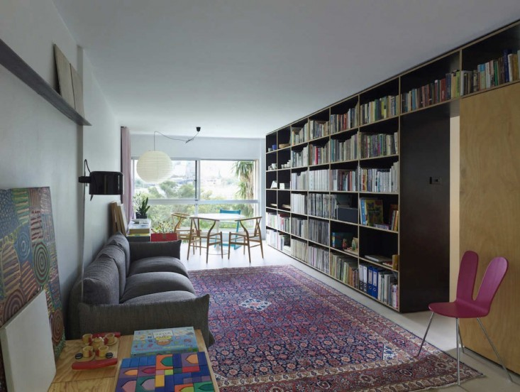 Anthony-Gill-Architects-Potts-Point-Apartment-Photos-by-Peter-Bennetts-Remodelista-01.jpg