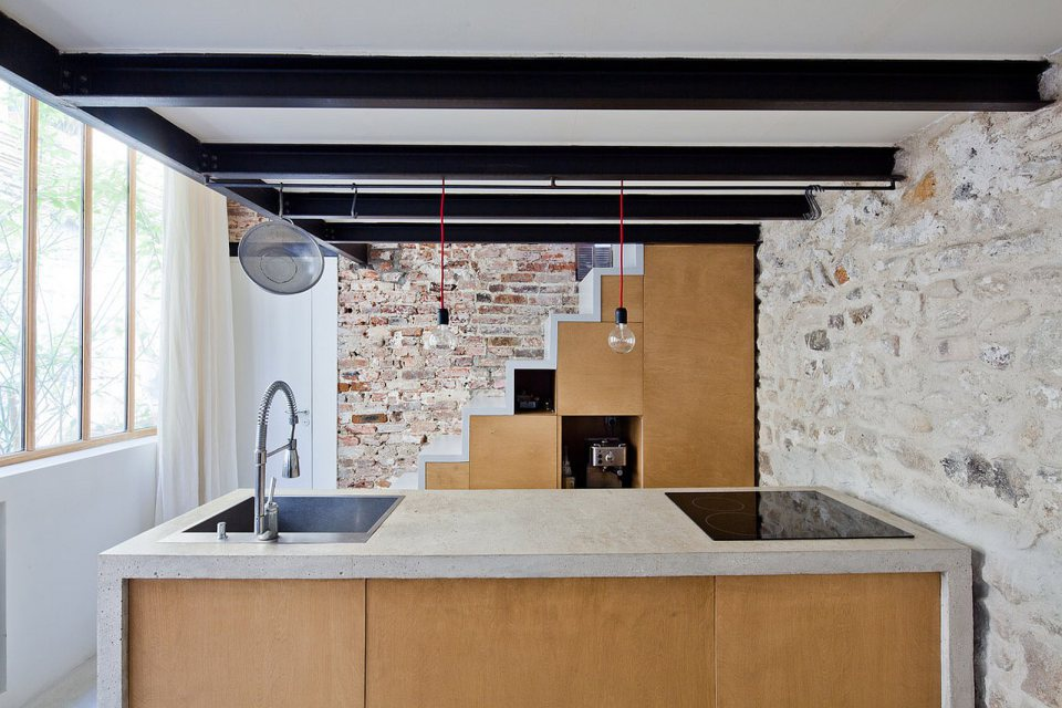nzi-atelier-loft-interior7-via-smallhousebliss.jpg