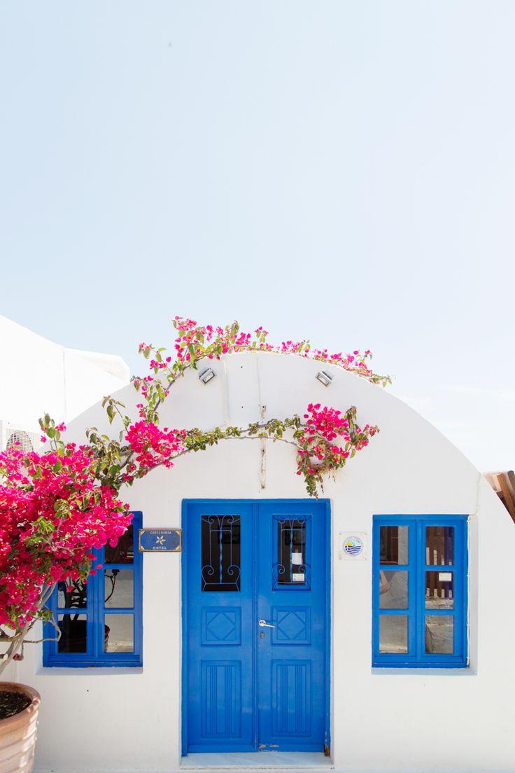 Petite maison en Santorini. Source : Studio DIY