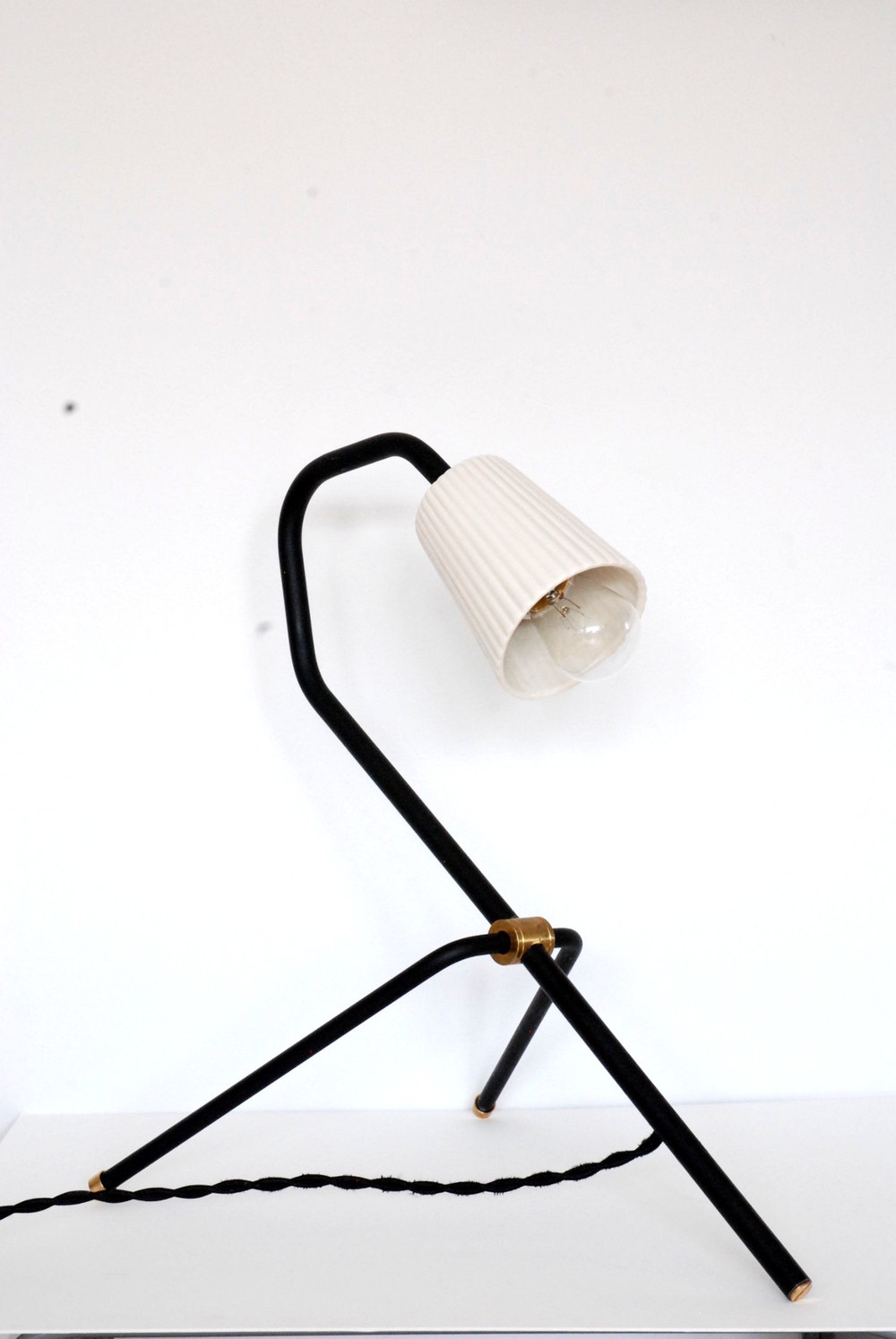 FD_Table Lamp Tripod_Art&Manufacture collab.JPG