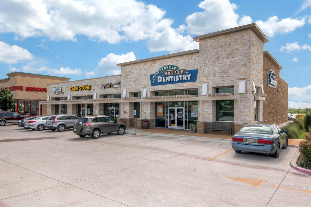 Town Center - 8,066 square feet multi-tenant shopping center in  Pflugerville, Texas