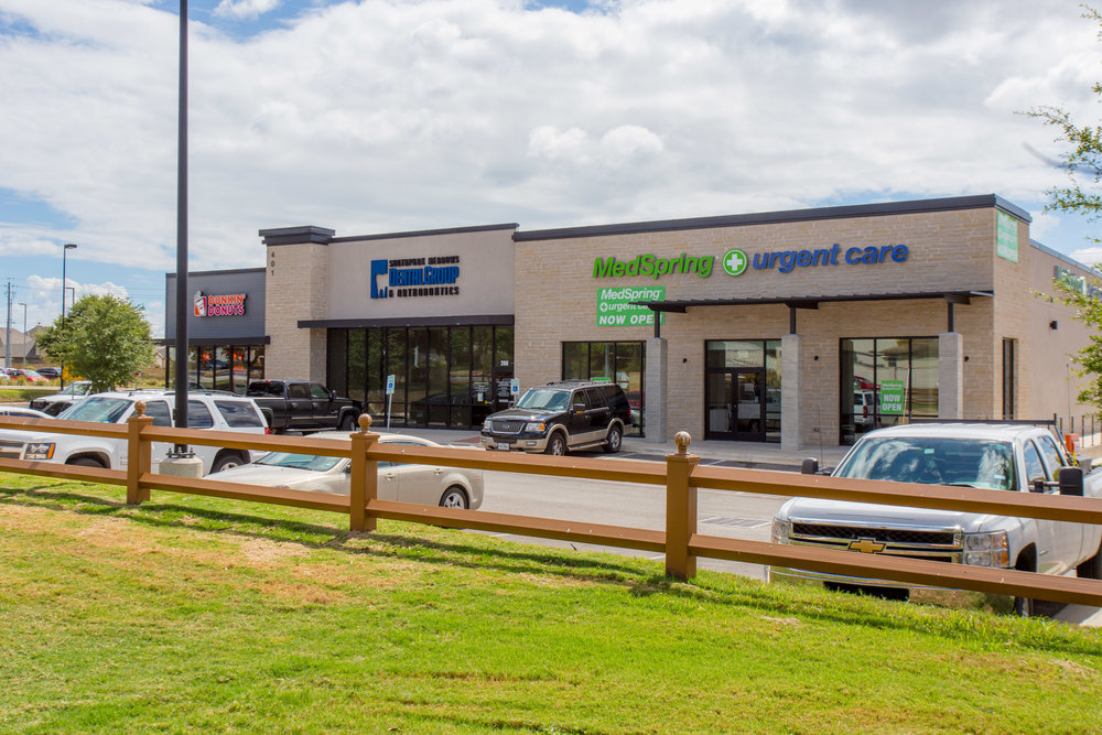 Southpark Meadows - 8,143 sf multi-tenant shopping center in  Austin, TX