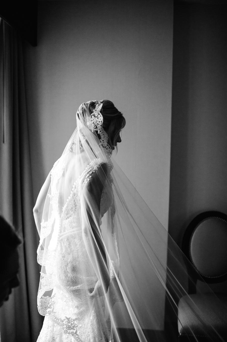 White Marsh Valley Country Club Wedding Photographer Philadelphia Weddings Stylish Philadelphia Wedding Photographer Longbrook Photography-41.jpg