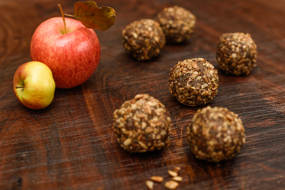 Gluten-free Apple Spice Ball