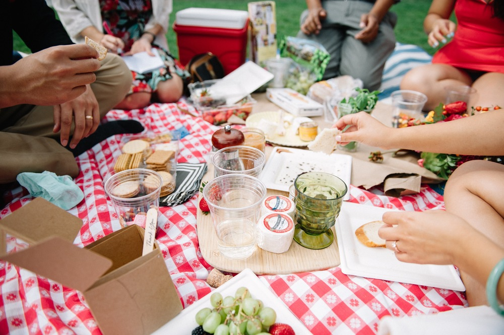 wedding picnic.jpg