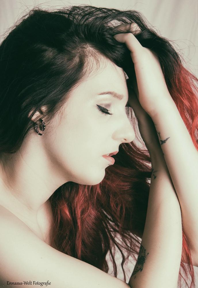Peyton - Artist - inked girl - sensual - portrait