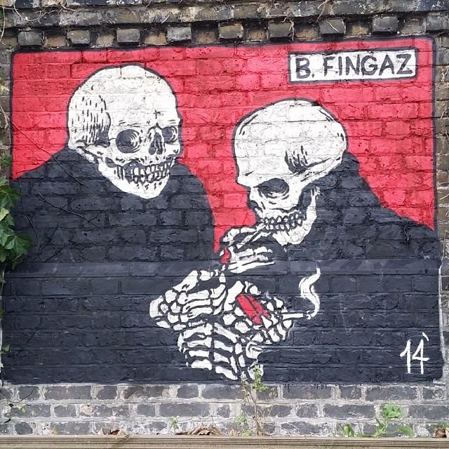cheffo31: Got a light!!? @unga_bfc x tant_bfc rocking killer quickie in London. @ghostown04 #graff #graffiti #streetart #fresh2death #bfc #brokenfingazcrew #haifagraffia