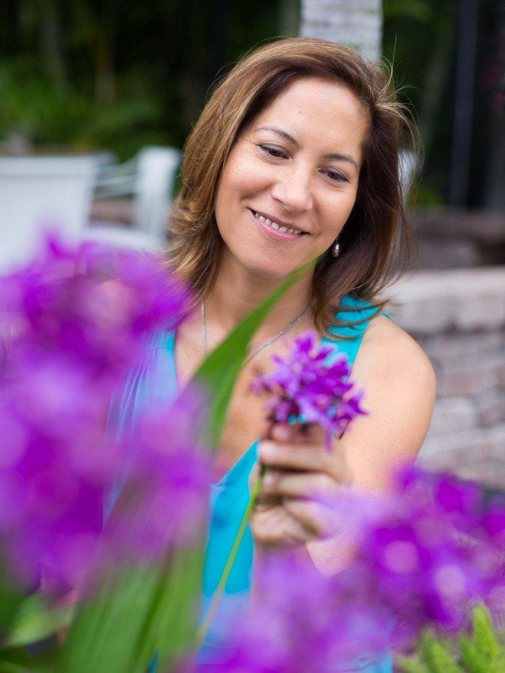 portrait-of-woman-purple flowers