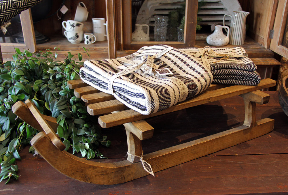 Dash & Albert makes gorgeous rugs…and now beautiful blankets too!