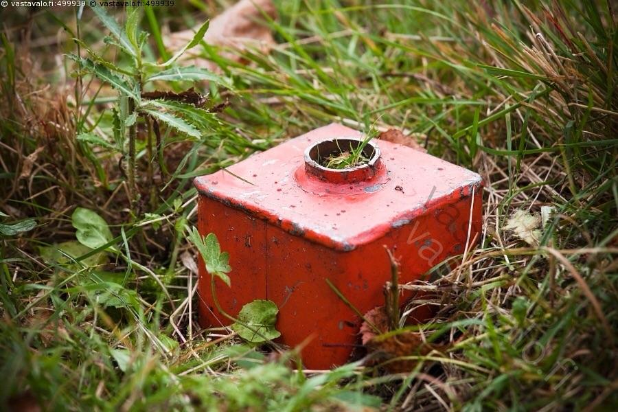 Угловая вешка. Источник www.vastavalo.fi