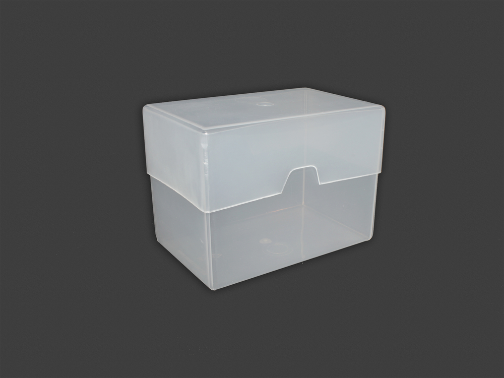 250 Card Plastic Carrying Case | TRANSPARENT (closed)
