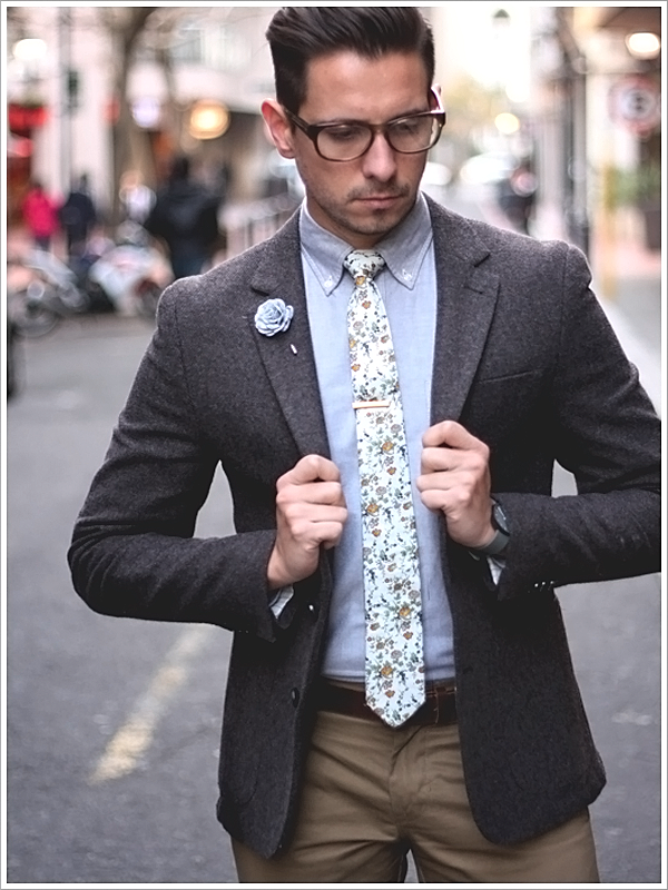 "Blogger, ""What My Boyfriend Wore;"" Floral Tie"