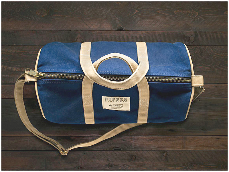 The Kipper Clothiers x W.M.J. Mills Weekender // Focus: It's very compact! Take it on short trips!