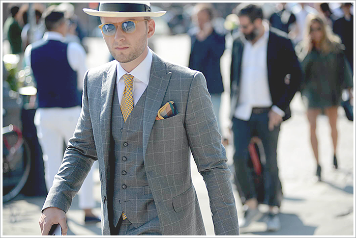 Pitti Uomo in Florence // Focus: The window-pane grey suit and yellow schemed contrast!