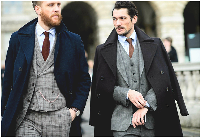 David Gandy in the streets of Milan // Focus: His simple, yet impeccable suit scheme!