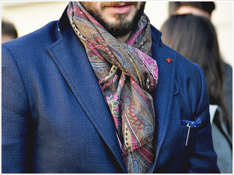 Pitti Uomo 89 // Focus: Go bold and get a scarf that brings on the patterns!