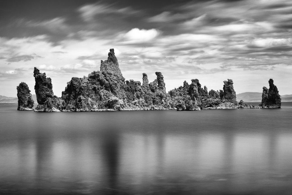 Mono Lake BW-001.jpg