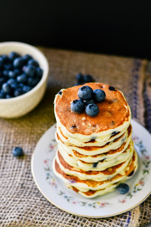 lemon+cocnut+pancakes-2.jpg