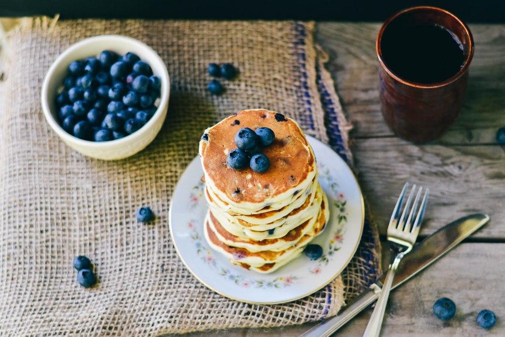 lemon+cocnut+pancakes-1.jpg