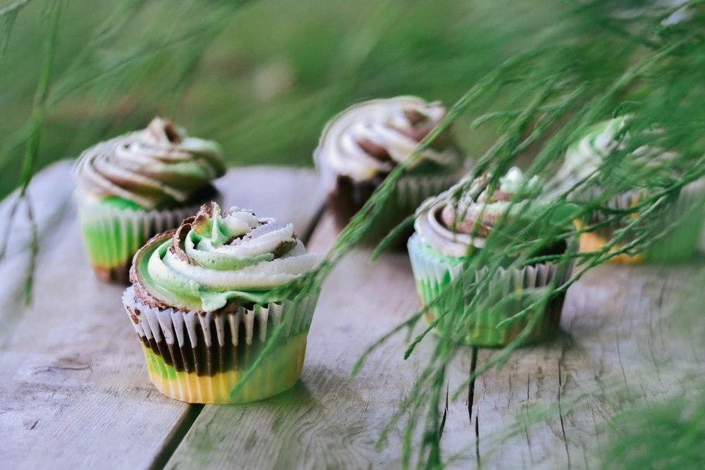 camo+cupcakes-8.jpg