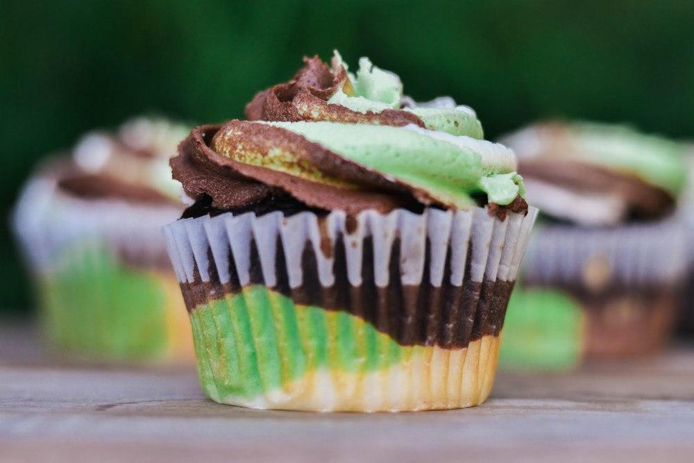 camo+cupcakes-20.jpg