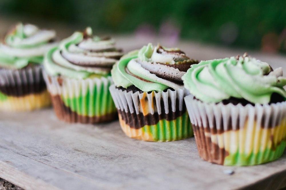 camo+cupcakes-13.jpg