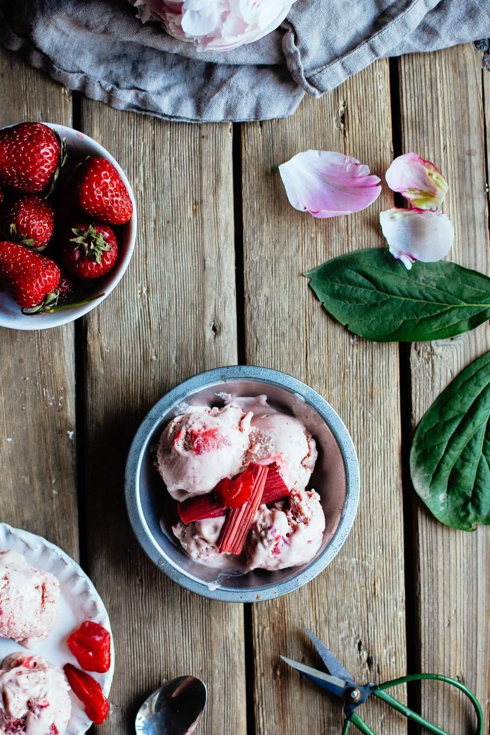 strawberryrhubarbicecream_thefarmersdaughter-21.jpg