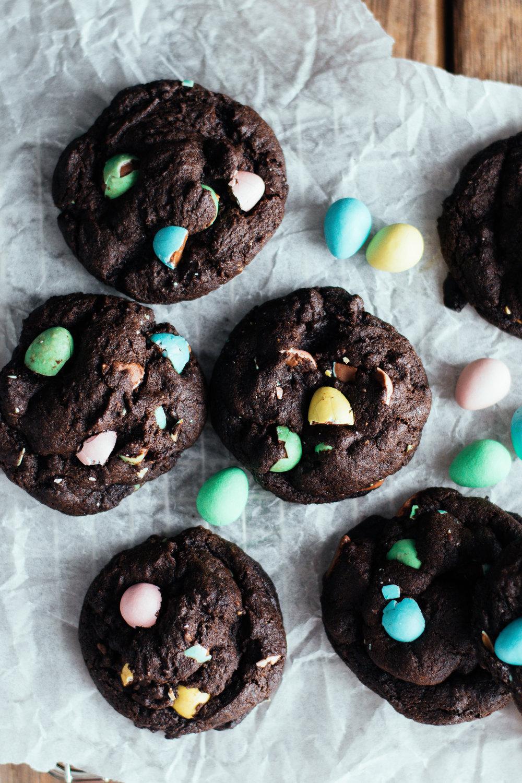 minieggcookies_thefarmersdaughterblog