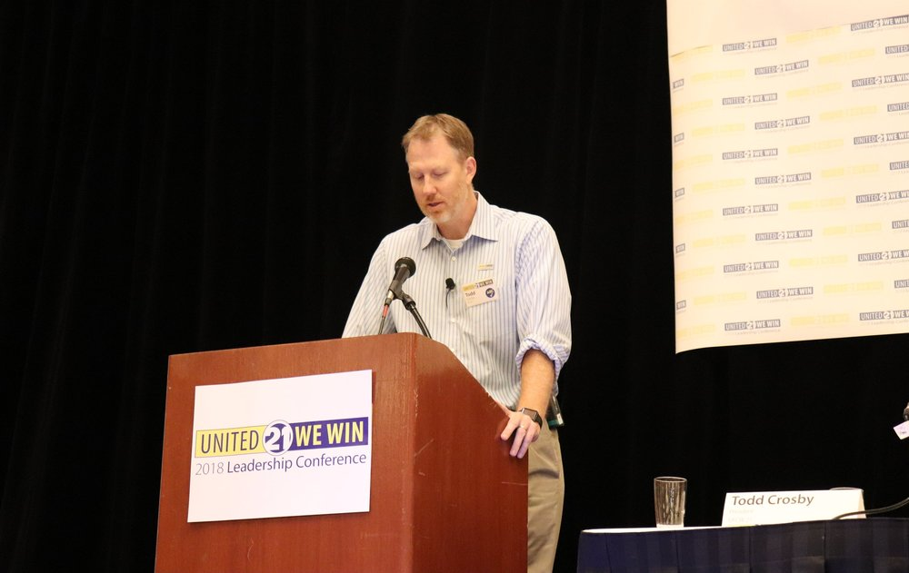 UFCW21 President Todd Crosby welcomes members and gives opening remarks.