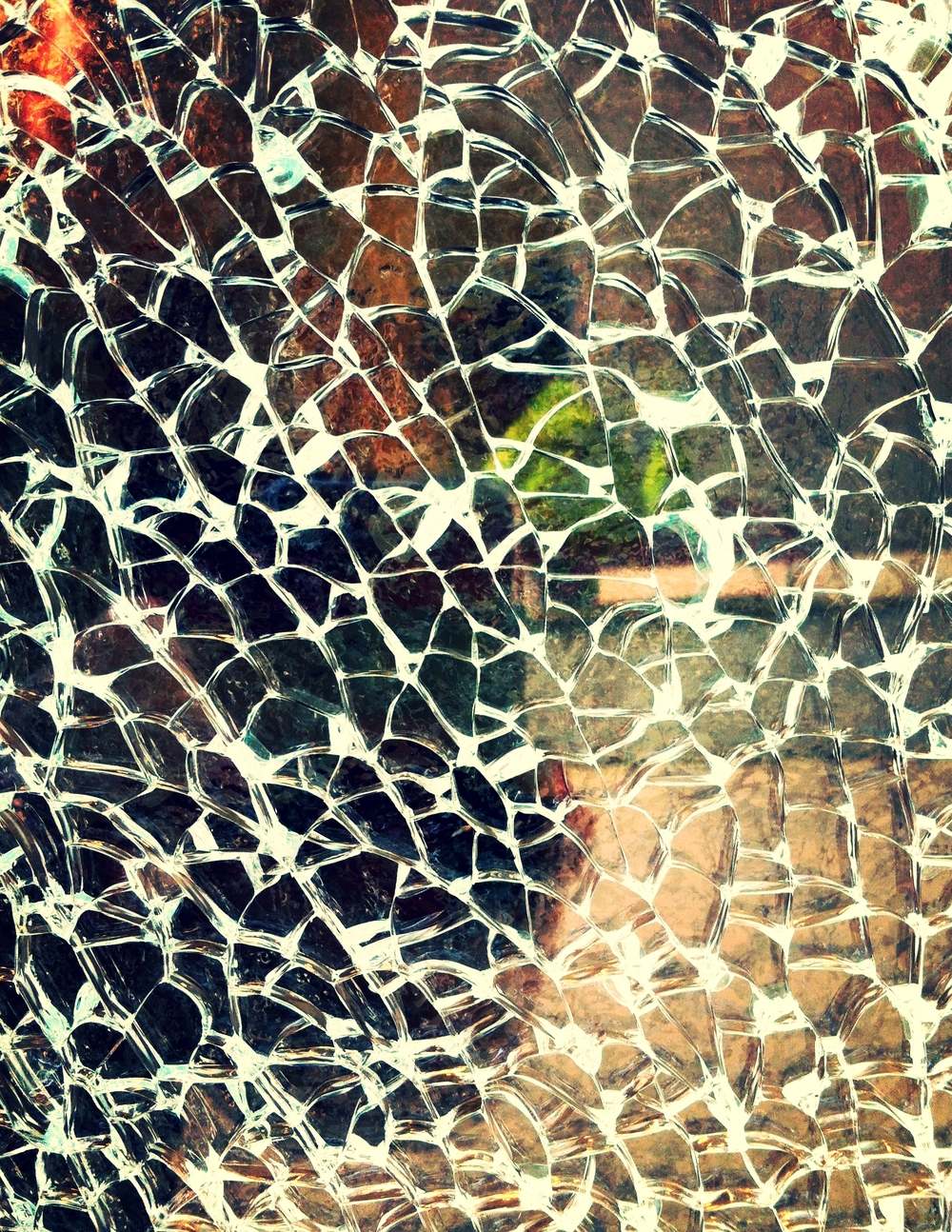 Distorted_reflection_of_Lindsay_in_a_shattered_window