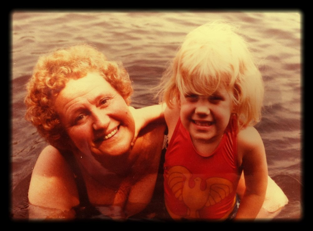 A_young_Lindsay_in_the_Gatineau_River_w_Mutti