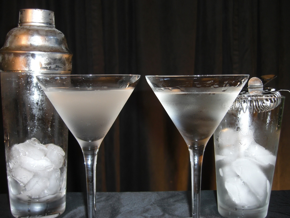 Shaken (left) vs Stirred (right), you be the judge.