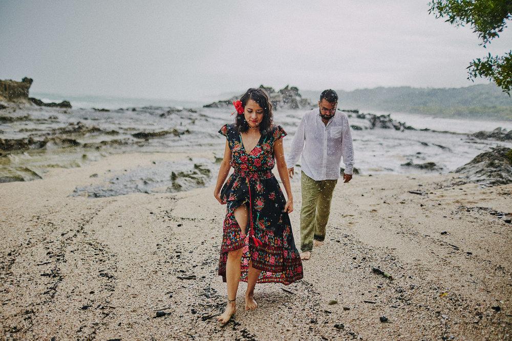 Beach_Engagement_Santa_Teresa 18.jpg