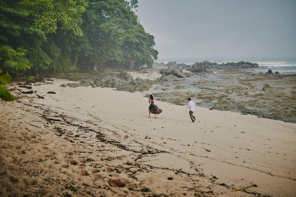 Beach_Engagement_Santa_Teresa 19.jpg