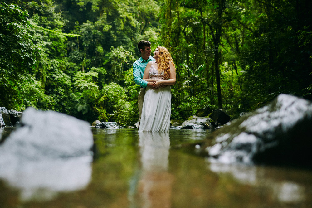 Engagement_La_Fortuna_Waterfall 15.jpg