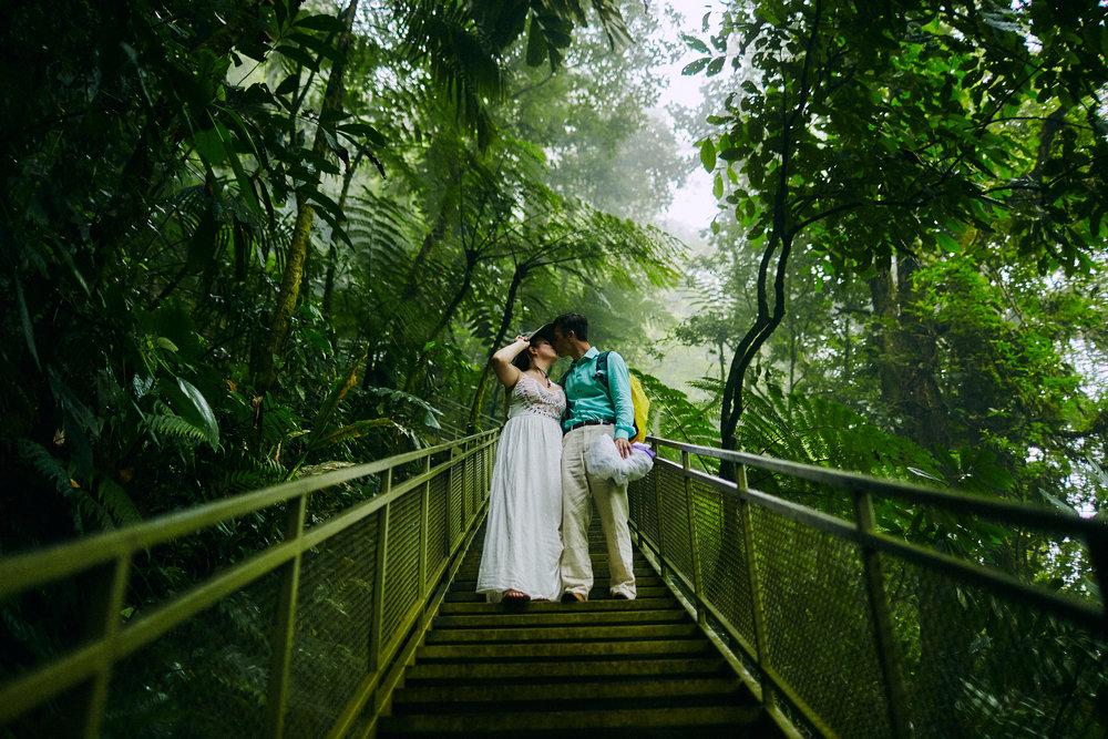 Engagement_La_Fortuna_Waterfall 17.jpg