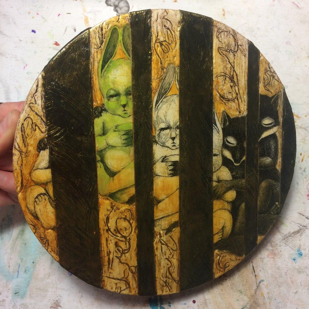 (A) Glazes of acrylic.