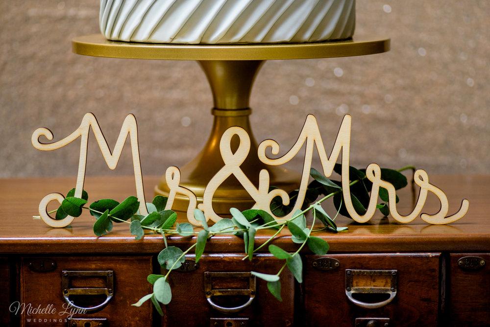 George_Peabody_Library-Wedding_Styled_Shoot-40.jpg