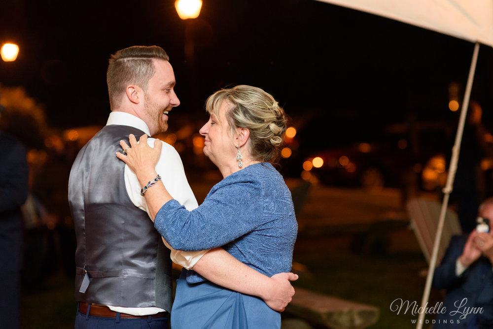 mlw-lumberville-general-store-new-hope-wedding-photographer-71.jpg