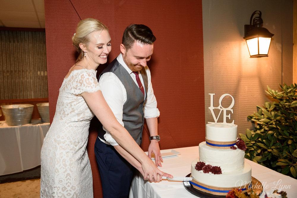 mlw-lumberville-general-store-new-hope-wedding-photographer-83.jpg