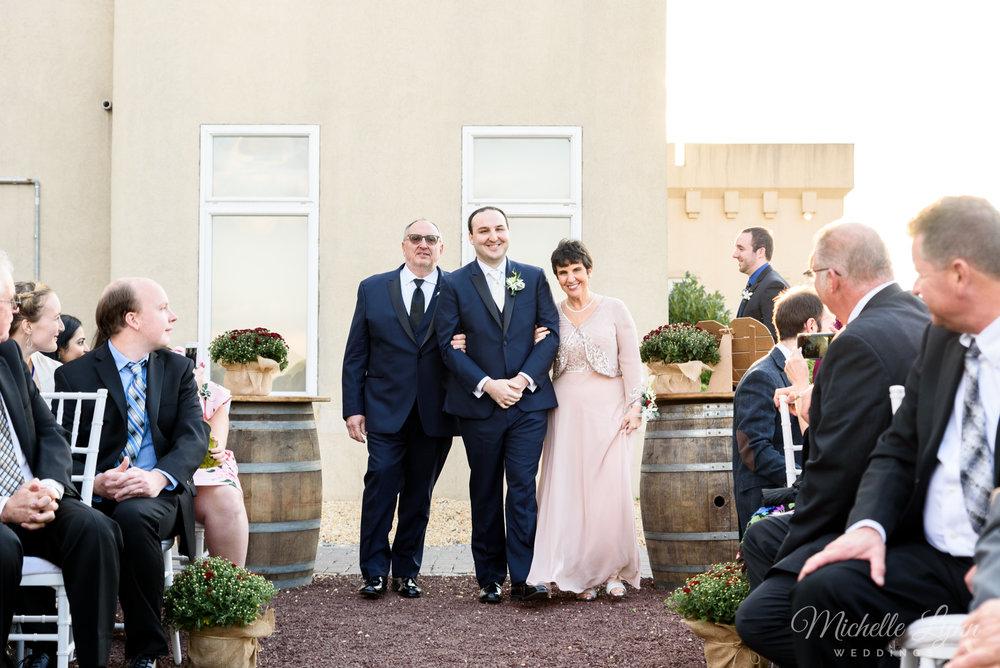 sand-castle-winery-pennsylvania-wedding-photography-63.jpg
