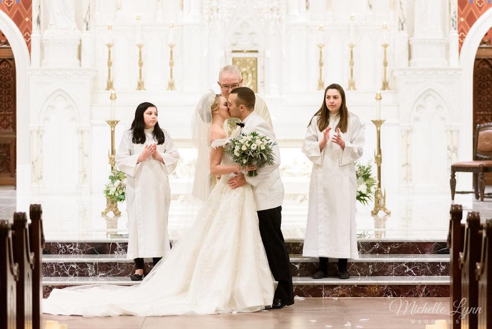 william-penn-inn-wedding-photography-mlw-64.jpg