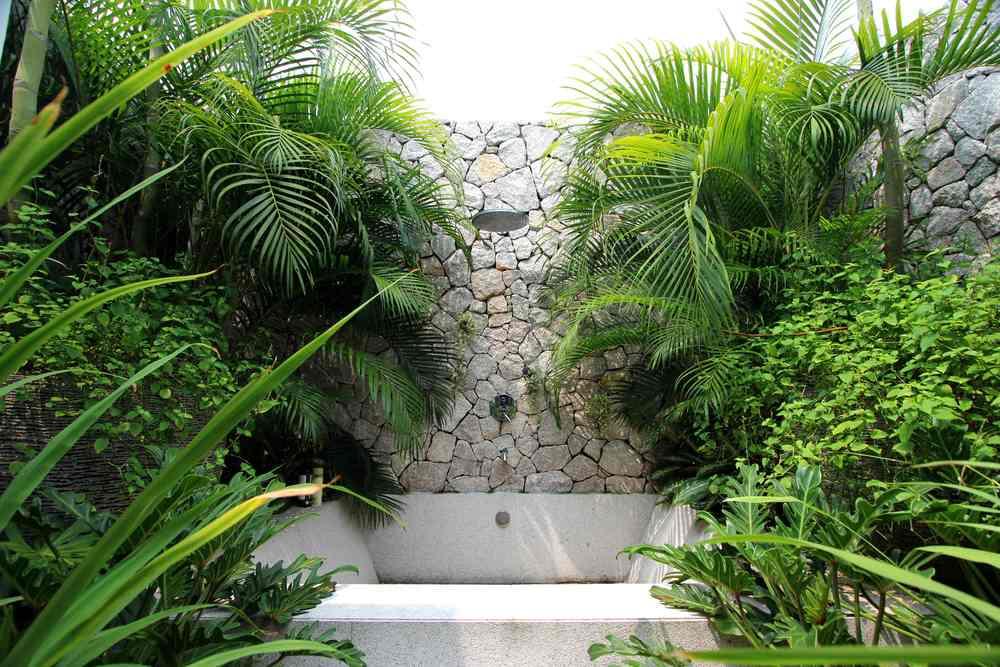 Villa EXHALE - outdoor shower SM.jpg