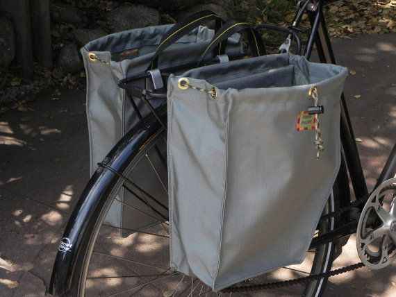 Bike panniers by Paris Packs