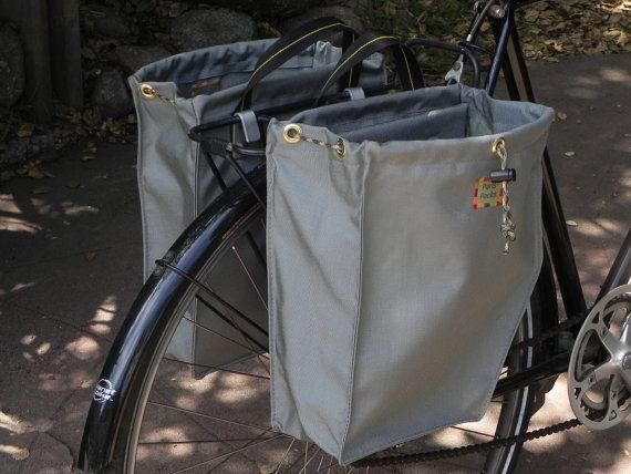 Bike panniers by Paris Packs