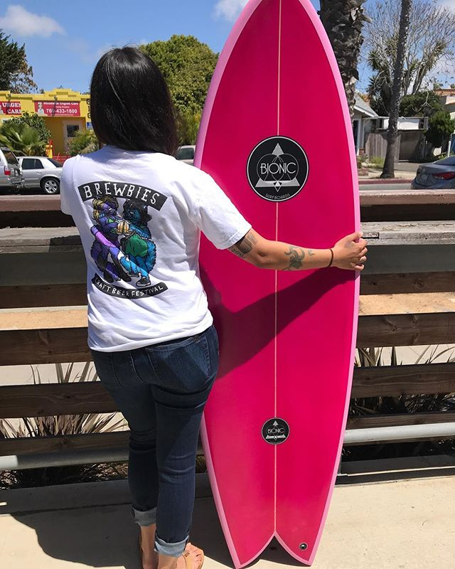 We got this gnarly surf bort from @bionicsurfboards come to Brewbies Fest this weekend at @factionbrewing and enter the raffle for a chance to get Totally Pitted!!! 🐬🏄🏽‍♀️🏄🏽‍♂️🐬