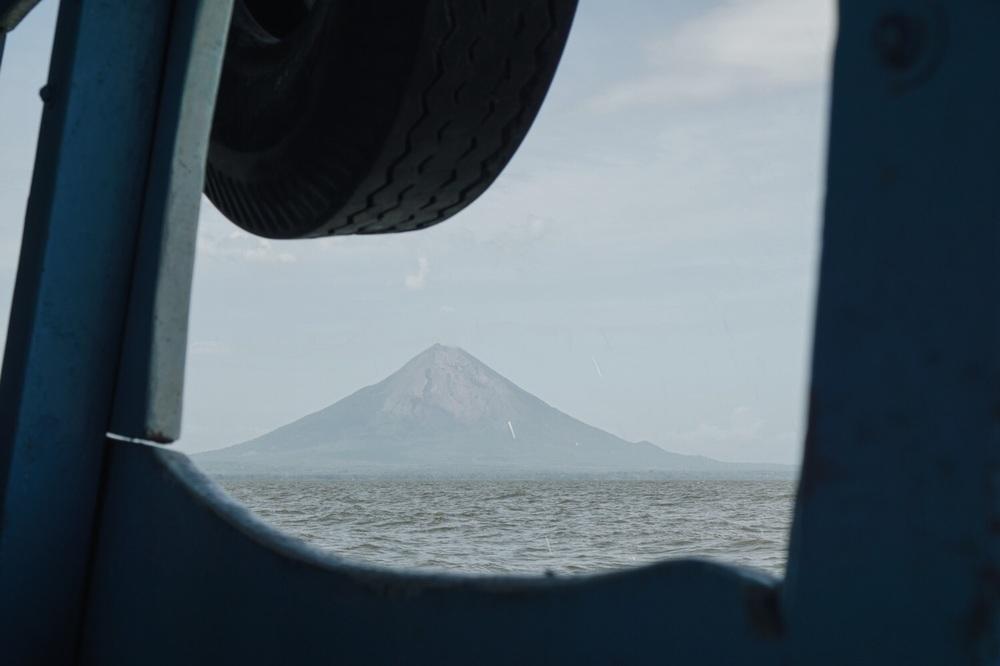 In einem ziemlich alten Boot gings auf die Isla de Ometepe.